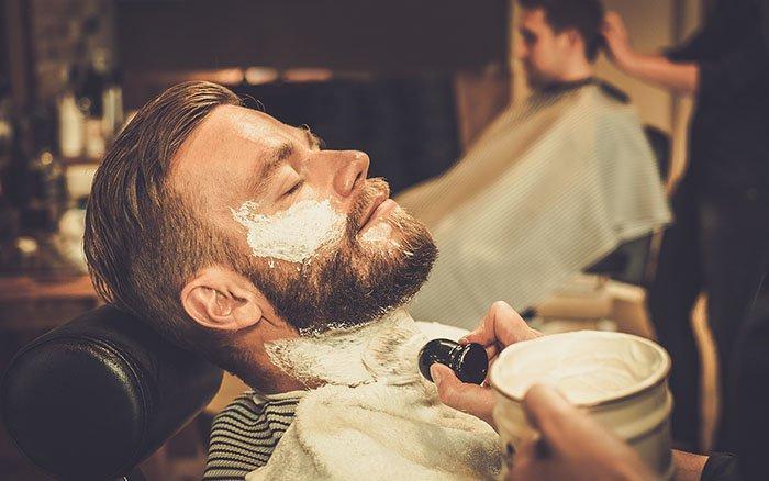 Wie oft solltest Du Deinen Bart rasieren (inkl. einiger Denkanstöße)?