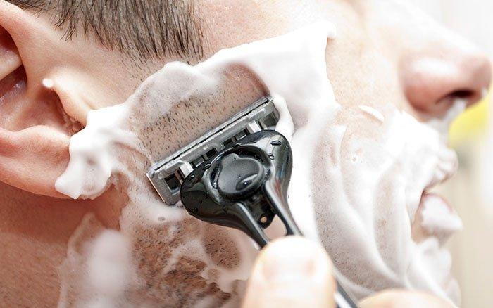 Eine Typfrage: Solltest Du Dich morgens oder abends rasieren?