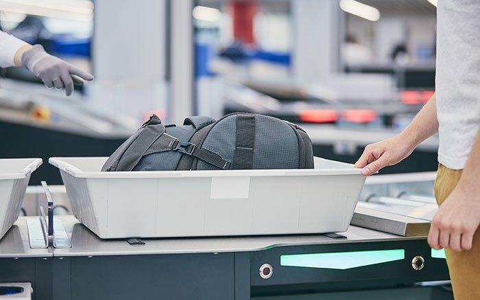 Rasierer im Handgepäck: Was ist im Flugzeug erlaubt?